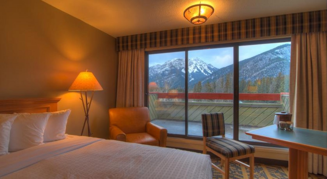 Mountain View Room - Inns of Banff