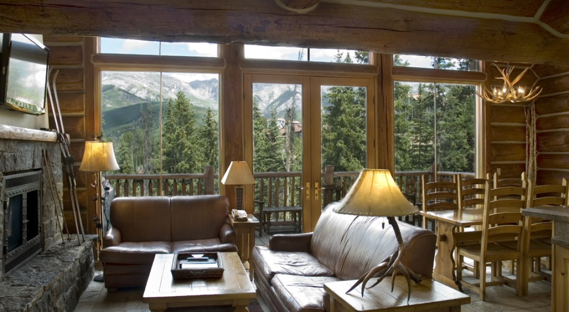 Mountain Lodge Telluride cabin Interior