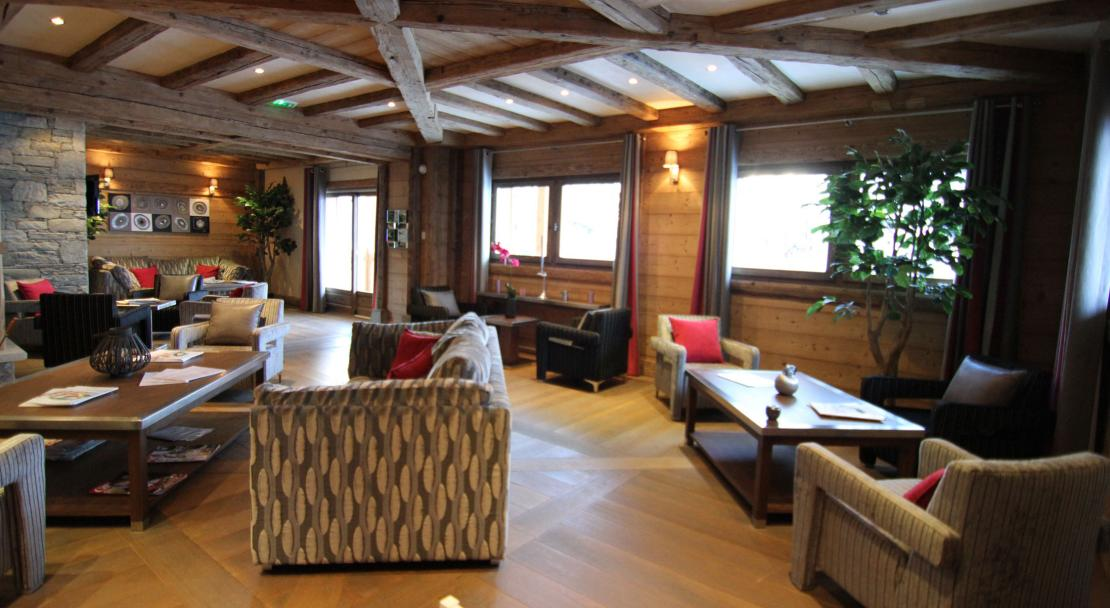 The communal area at Le Jhana in Tignes