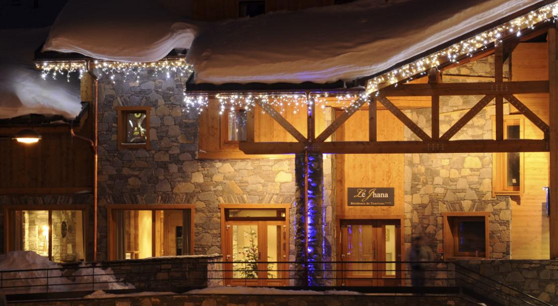 Le Jhana, Tignes,Exterior at night