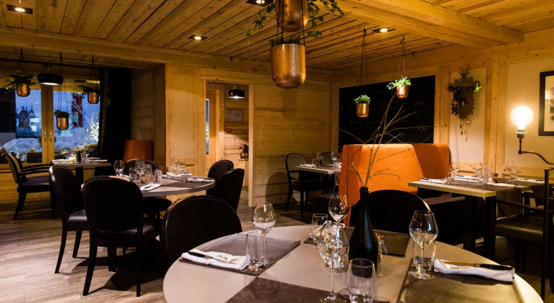 Second restaurant La Marmotte Les Gets Dining room
