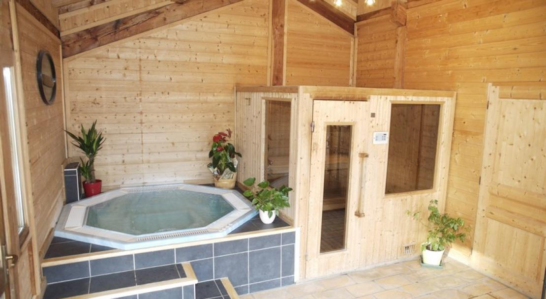 The Jacuzzi at the Chalet Philibert