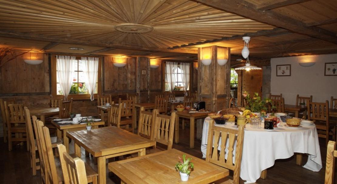 The restaurant at the Chalet Philibert