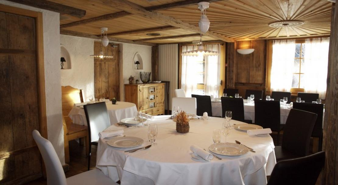 A view of the restaurant at the Chalet Philibert