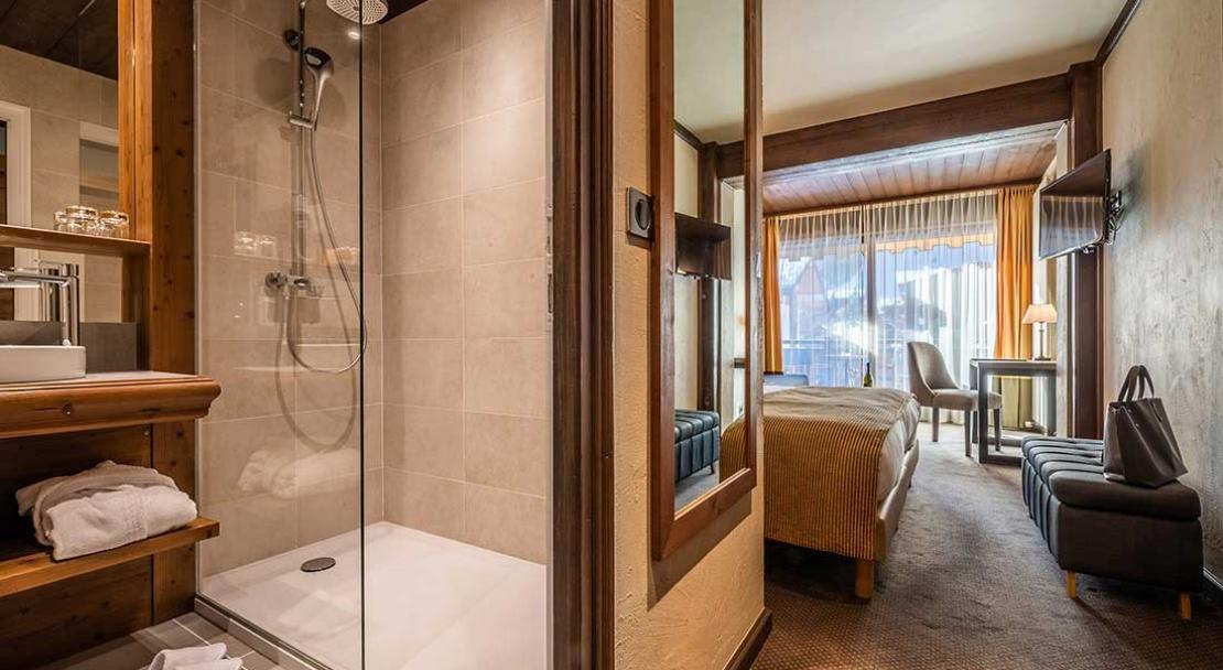 hotel le samoyede bedroom