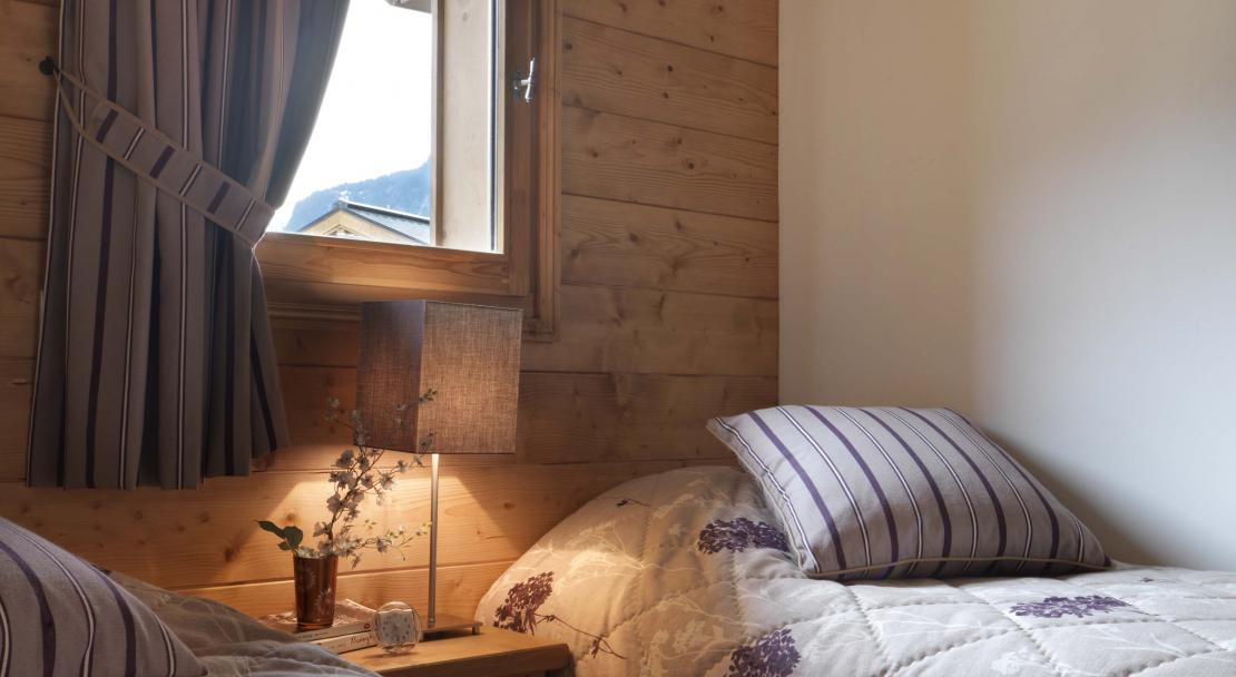Reine Des Pres, Samoens, Twin Bedroom
