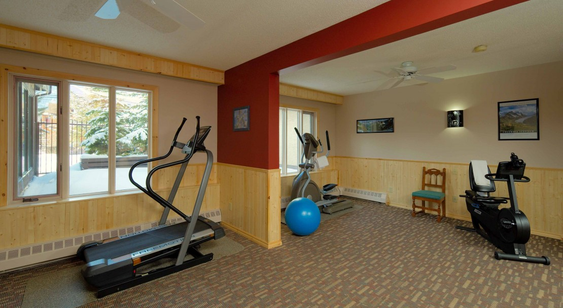 Fitness room at the Banff International Hotel - Banff