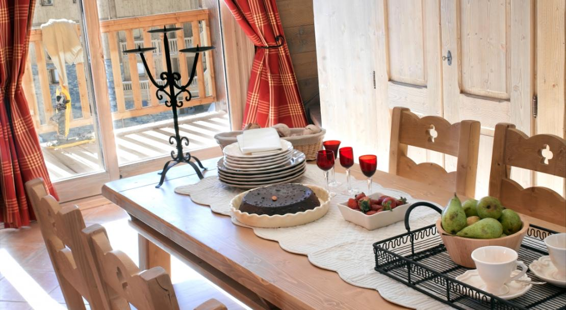 Dining Table in Les Alpages De Champagny