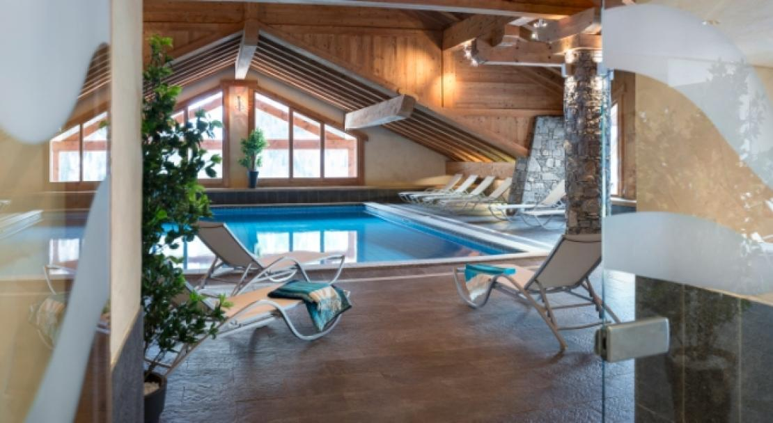 Pool at Les Alpages De Champagny