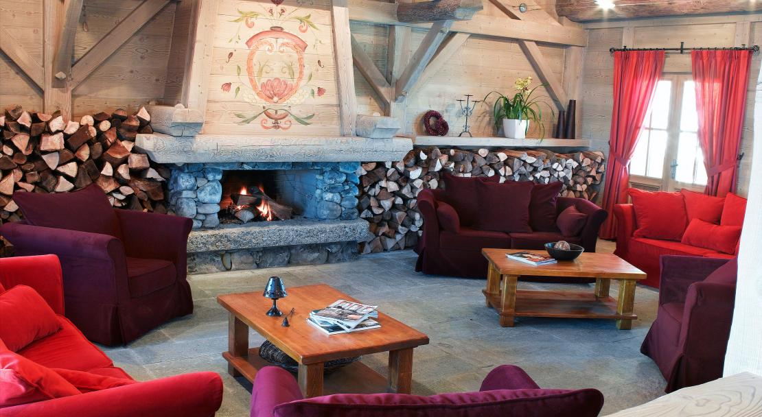 Lounge at Hameau du Beaufortain