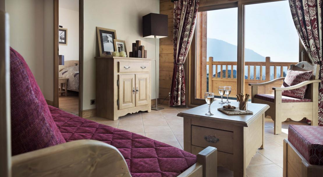Living Area and Balcony - Les Chalets de Jouvence - Les Carroz