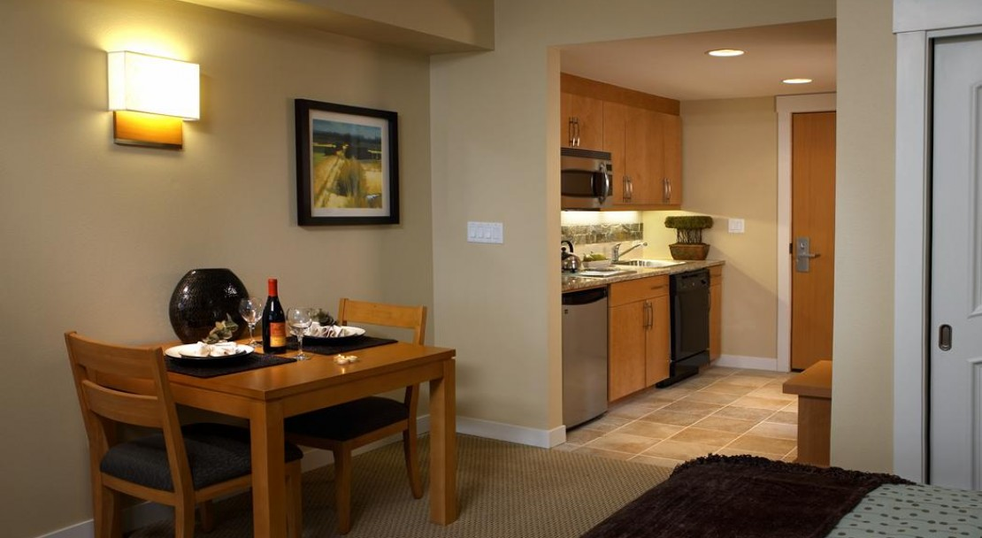 Studio kitchen - Founders Point Frasers Crossing - Winter Park Ski Resort