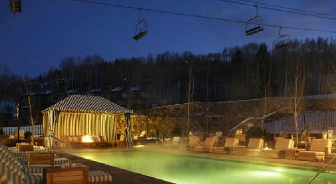 The Outdoor Saline Pool - Viceroy Snowmass - USA