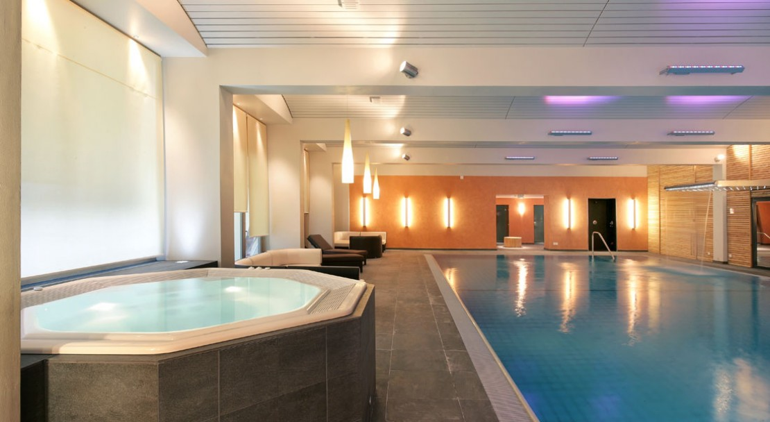 Spa and Swimming Pool - Grand Hotel Zermatterhof