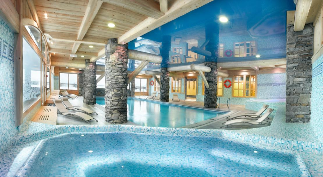 Pool and Swimming- Les Fermes de Ste Foy- Sainte Foy