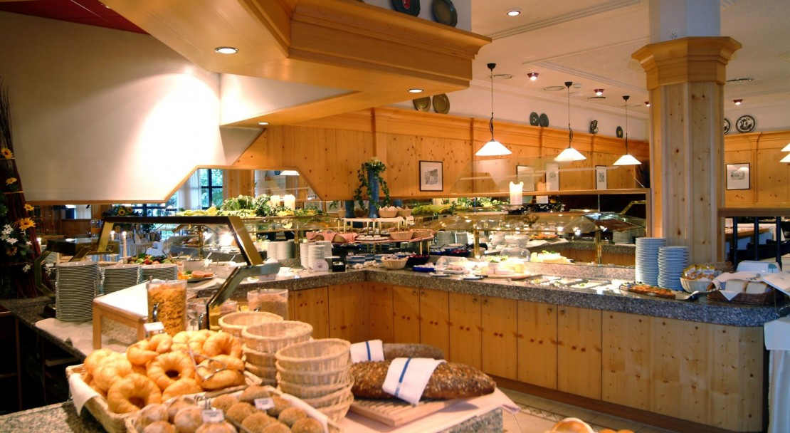 The Buffet Table - Ramada Hotel Regina Titlis - Engelberg