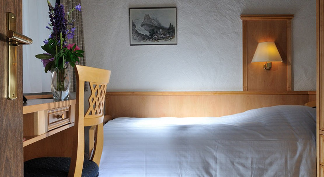 Single Room in Hotel Kreuz und Post Grindelwald