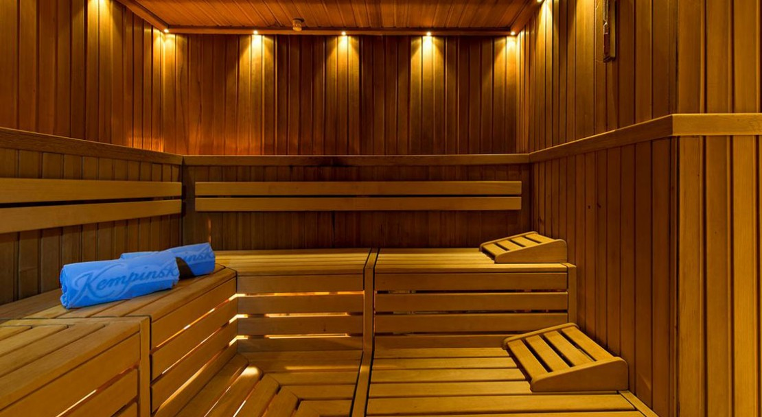 Kempinski grand hotel des bains st moritz powderbeds for Restaurant grand hotel des bains