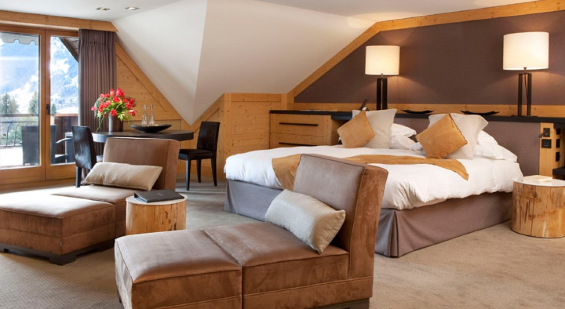 Large bedroom - Grand Hotel Park - Gstaad
