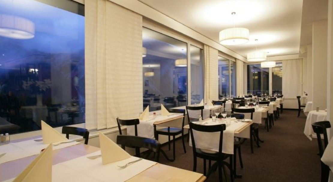 The Restaurant - Sorell Hotel Asora - Arosa