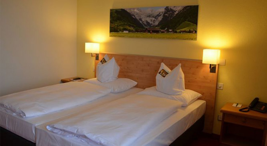 Twin Beds H+ Hotel Sonnwendhof - Engelberg - Switzerland