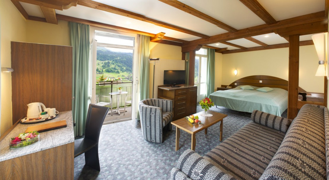 Junior Suite with balcony at the Belvedere Swiss Q Hotel in Grindelwald