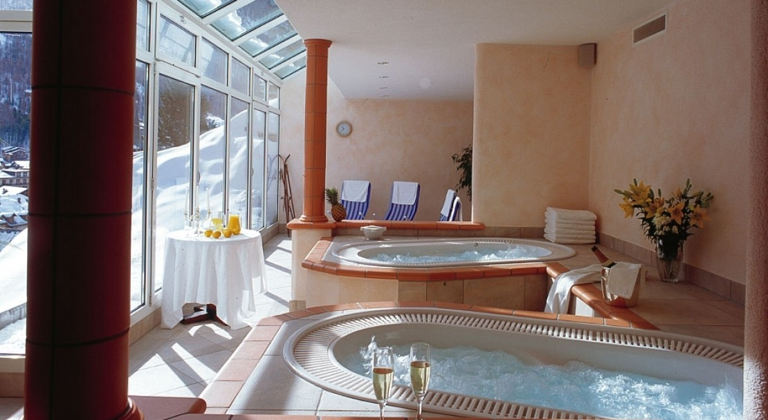 The Jacuzzi - Hotel Tschugge - Zermatt - Switzerland
