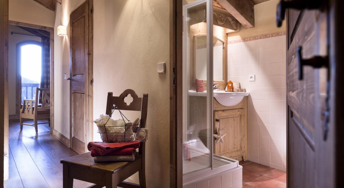 Shower room - Chalets de la Mouria