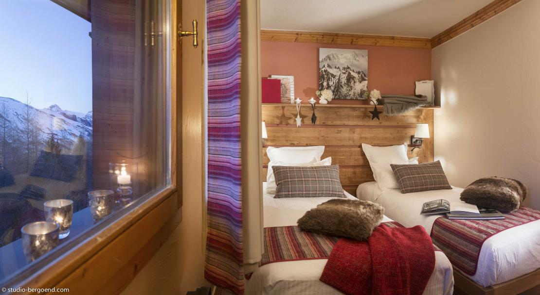 Sapiniere Les Menuires Twin Bedroom