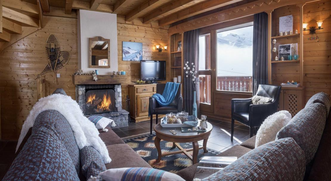 Chalet Lombarde Val Thorens Sitting Room 3