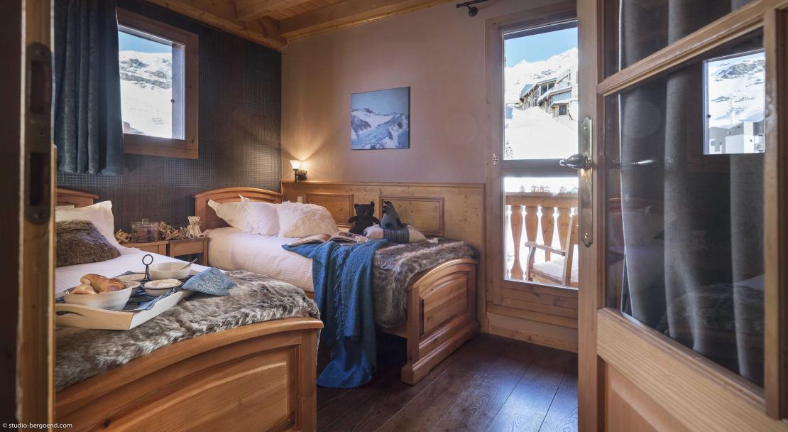 Chalet Lombarde Val Thorens Twin Bedroom