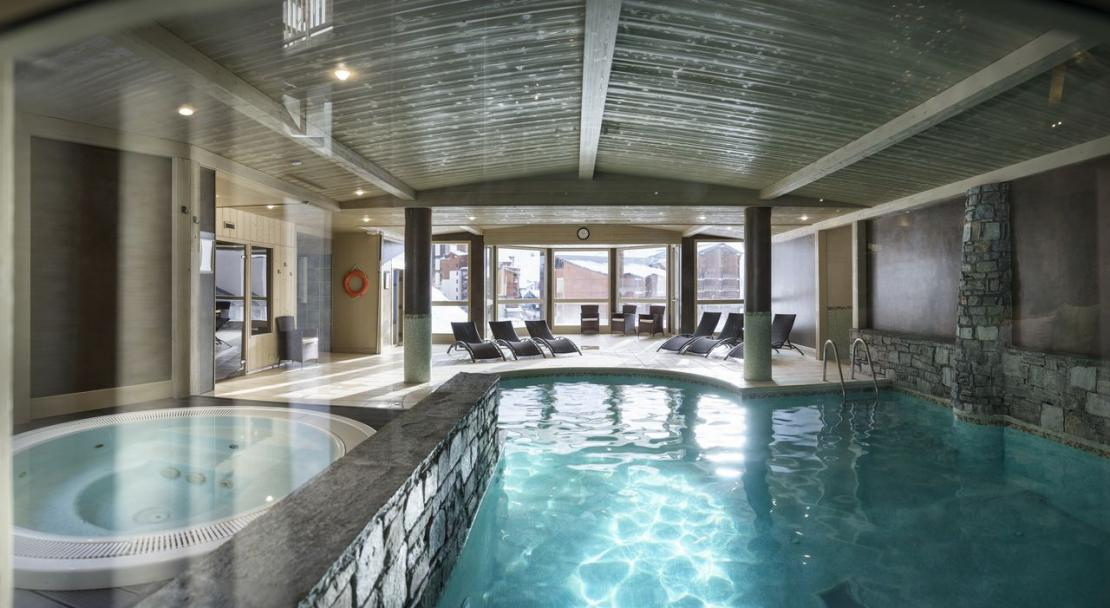 Residence L'Oxalys Val Thorens Pool and Hot tub