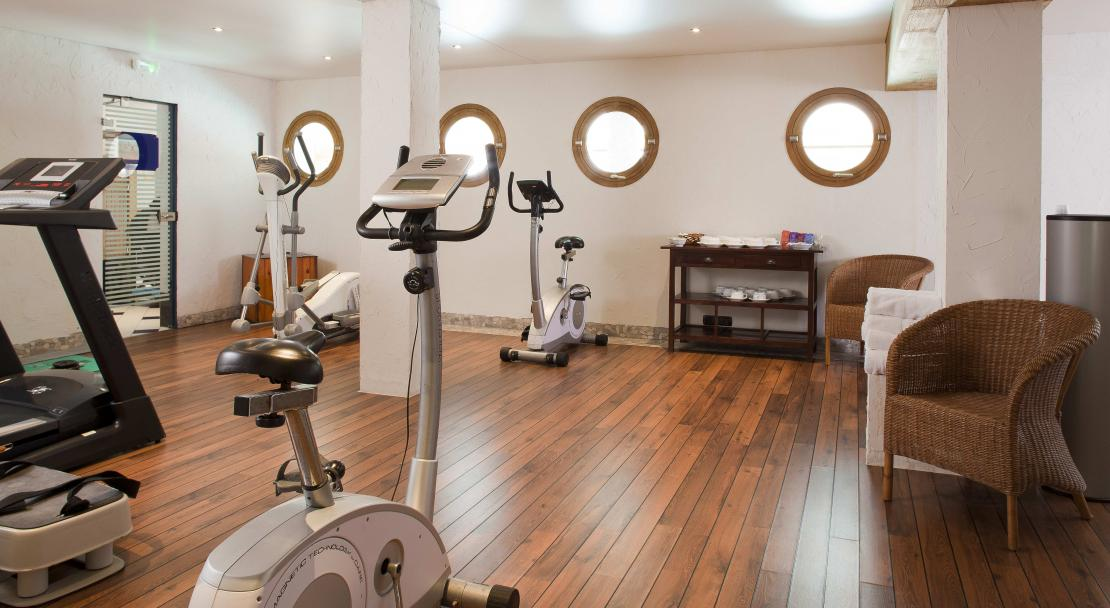Hotel Carlina - Fitness room - La Clusaz
