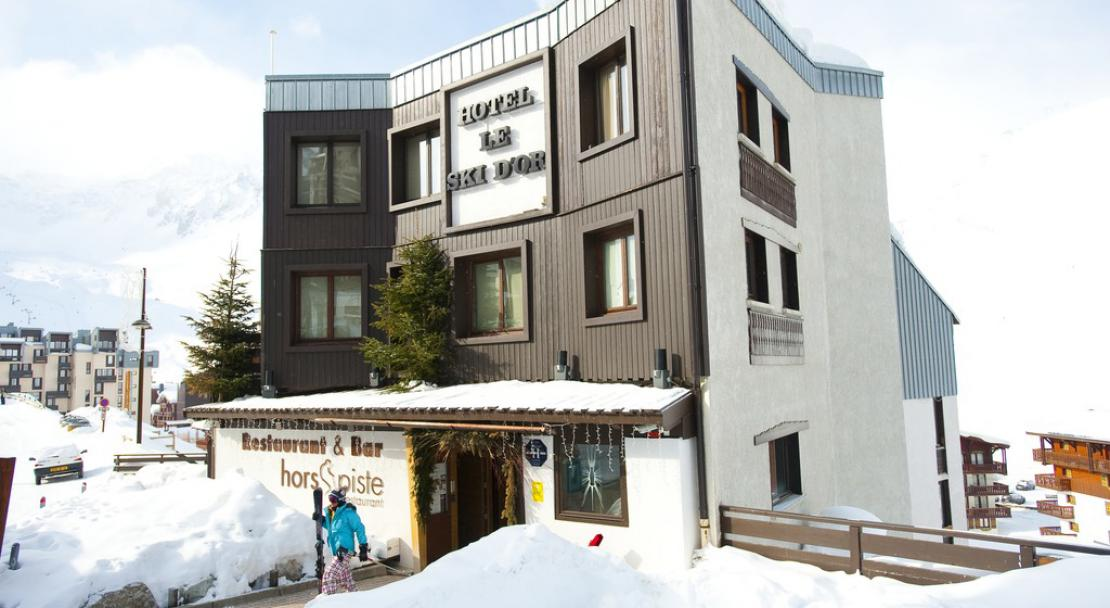 Hotel Ski d'Or - Exterior - Snowy