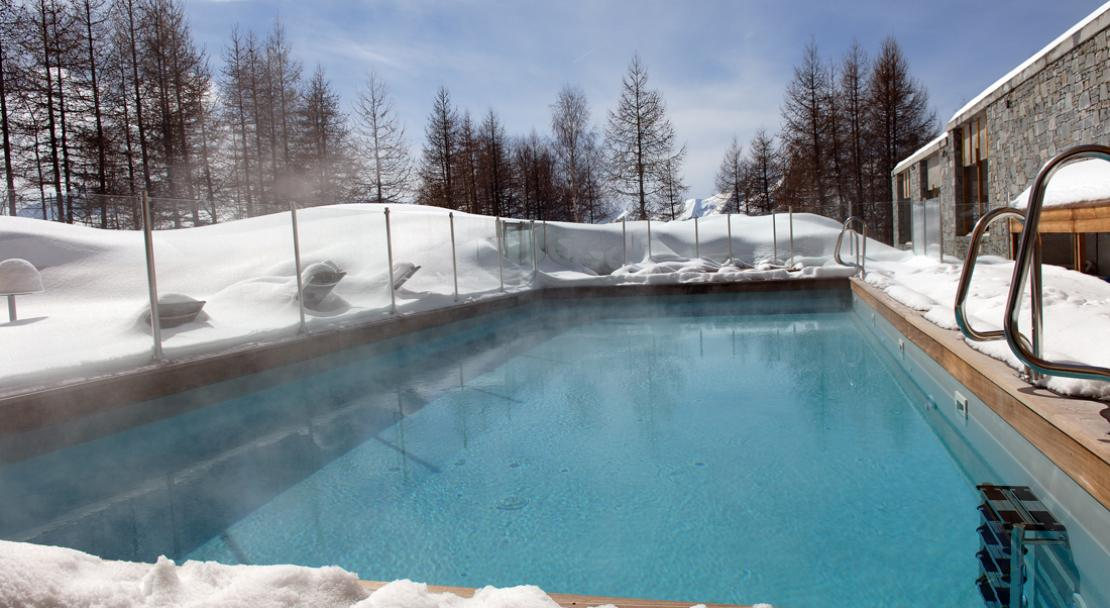 Hotel Alpenrose - outdoor heated swimming pool - Alpe D'Huez