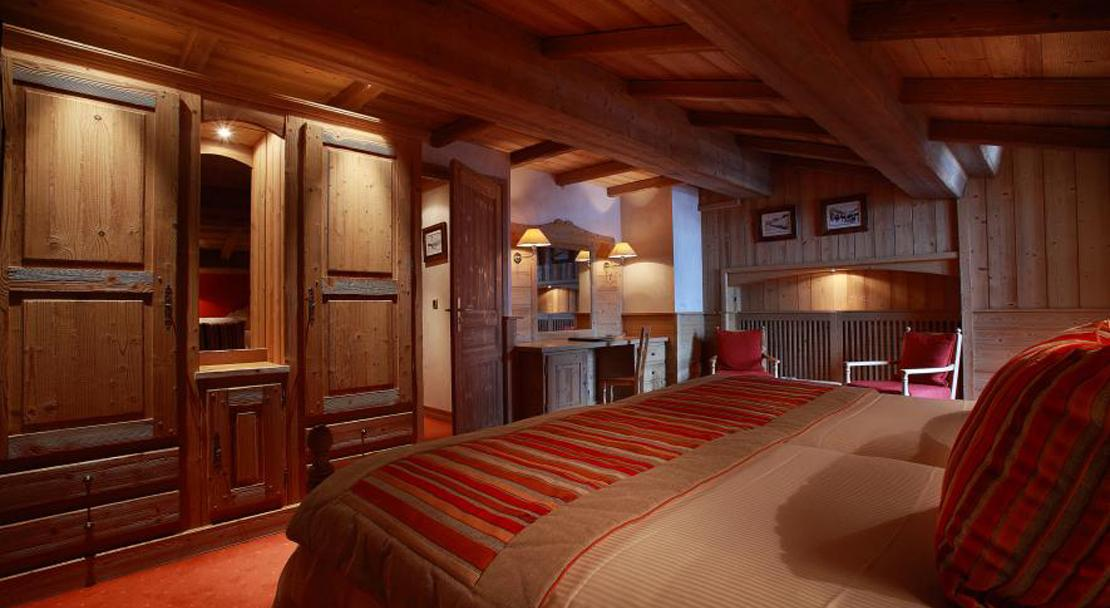 An-example-of-Category B room at Hotel Christiania Val d'Isere