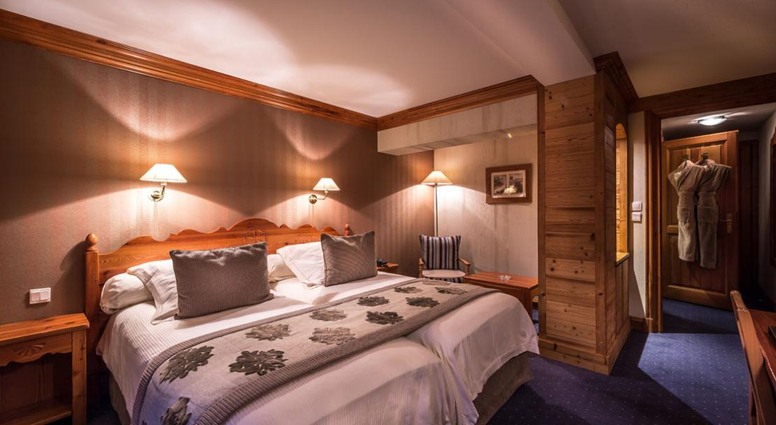 Double room at Hotel Christiania Val d'Isere