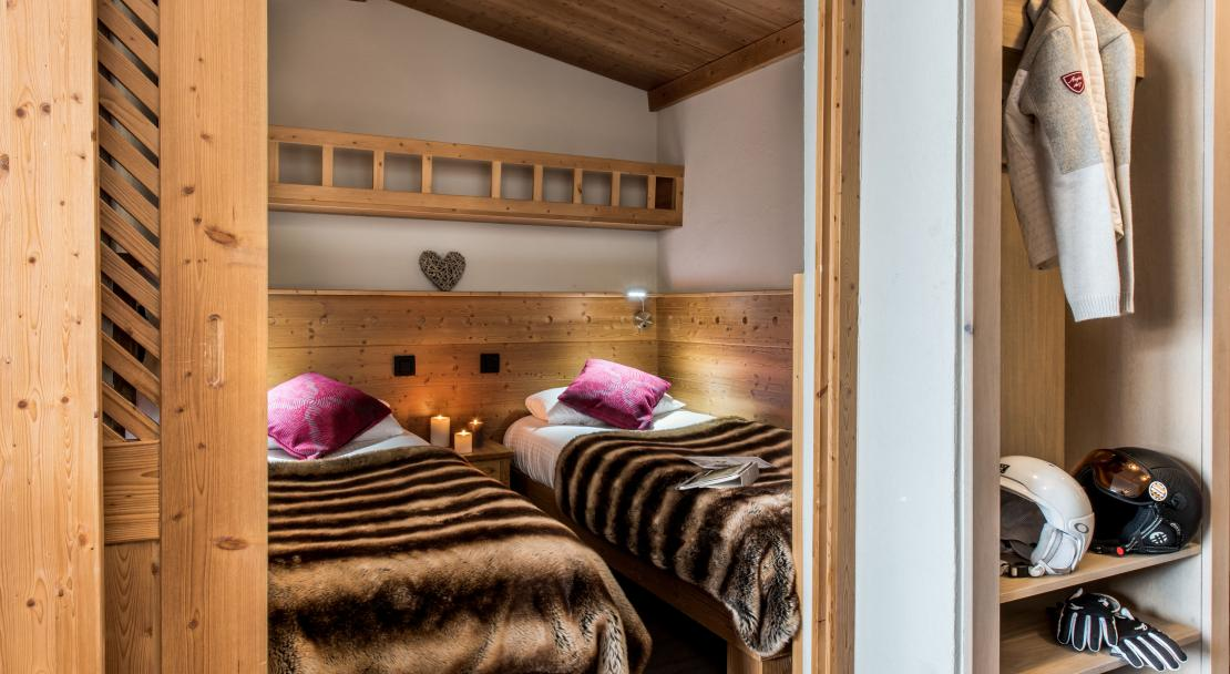 Bedroom at Residence Village Montana Val Thorens; Copyright: Laurie Verdier