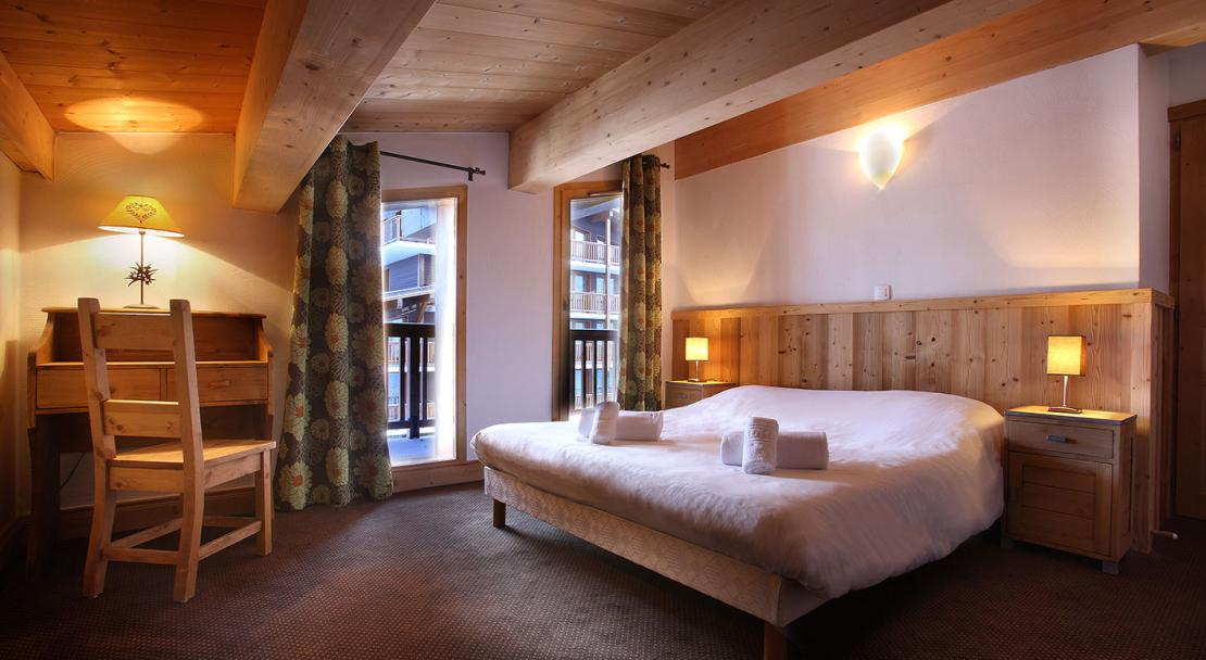 Cime des Arcs double bedroom