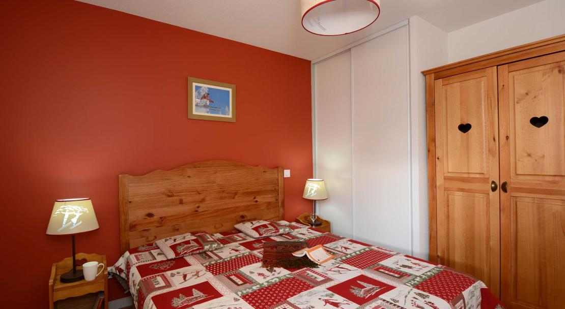 Double Bed L'Ours Blanc Les 2 Alpes