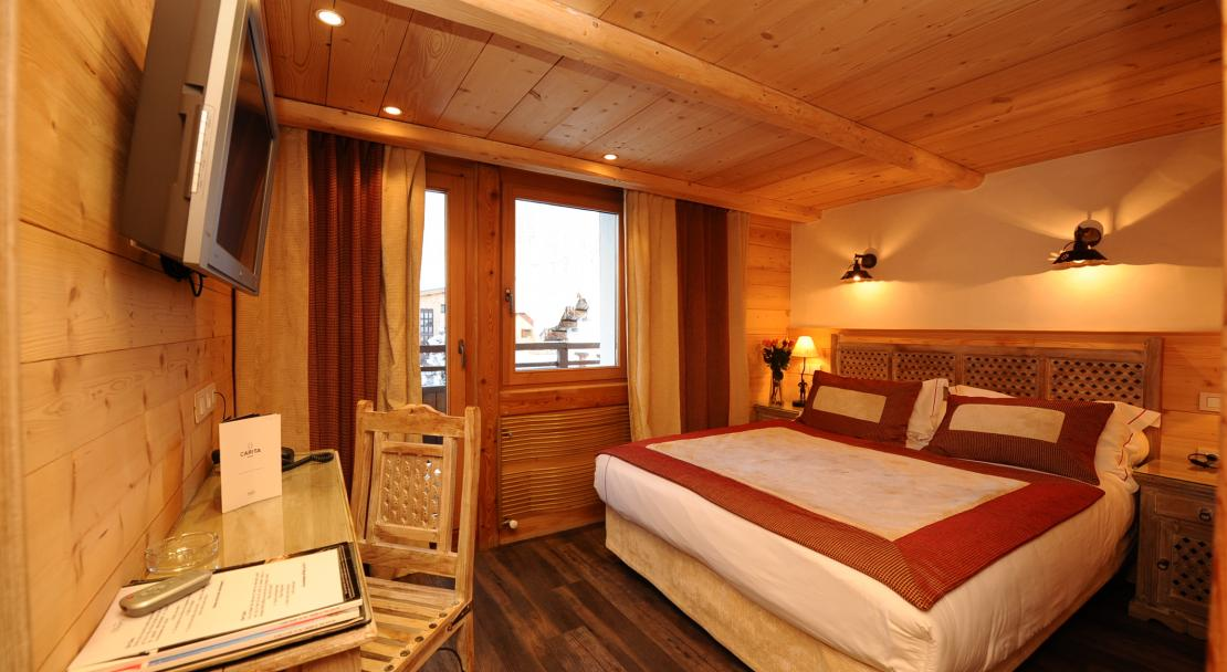 Double Bedroom in Hotel le Brussels Val d'Isere