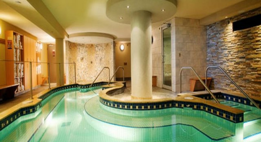 Indoor Pool in Banff Caribou Lodge and Spa