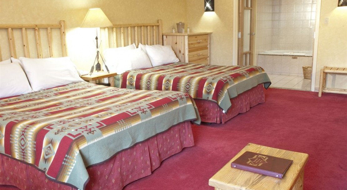 Double Room at Brewsters Mountain Lodge Banff
