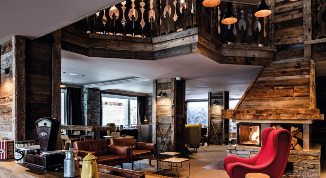 Hotel des Trois Vallees lounge