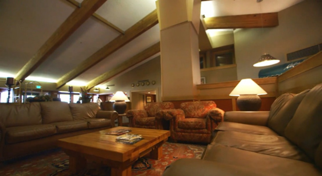Lounge at the Evergreen Lodge - Vail