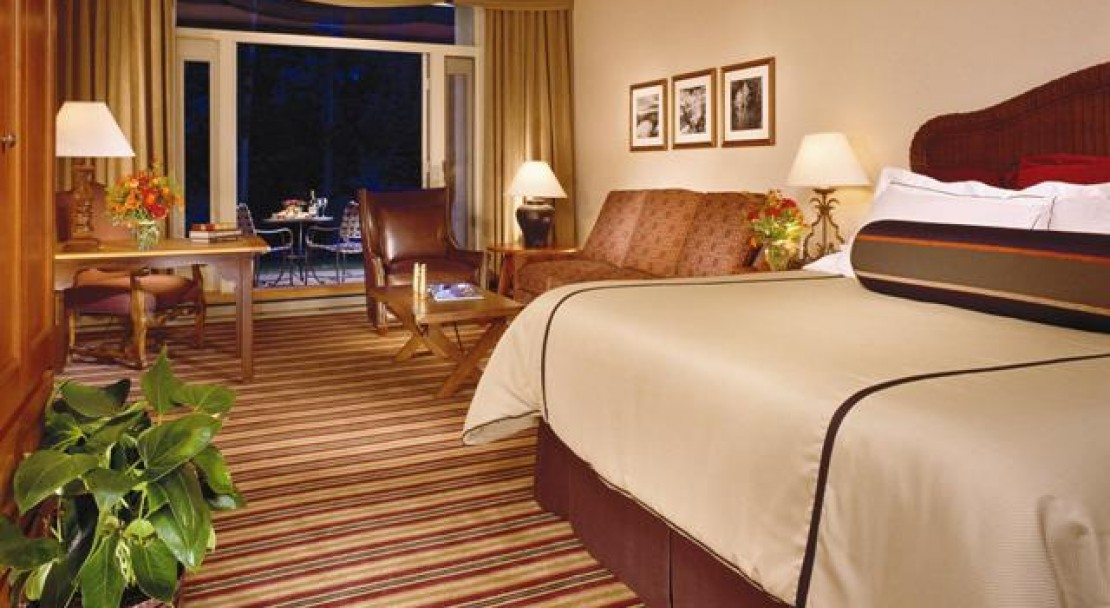 Deluxe Room at Vail Cascade Resort and Spa