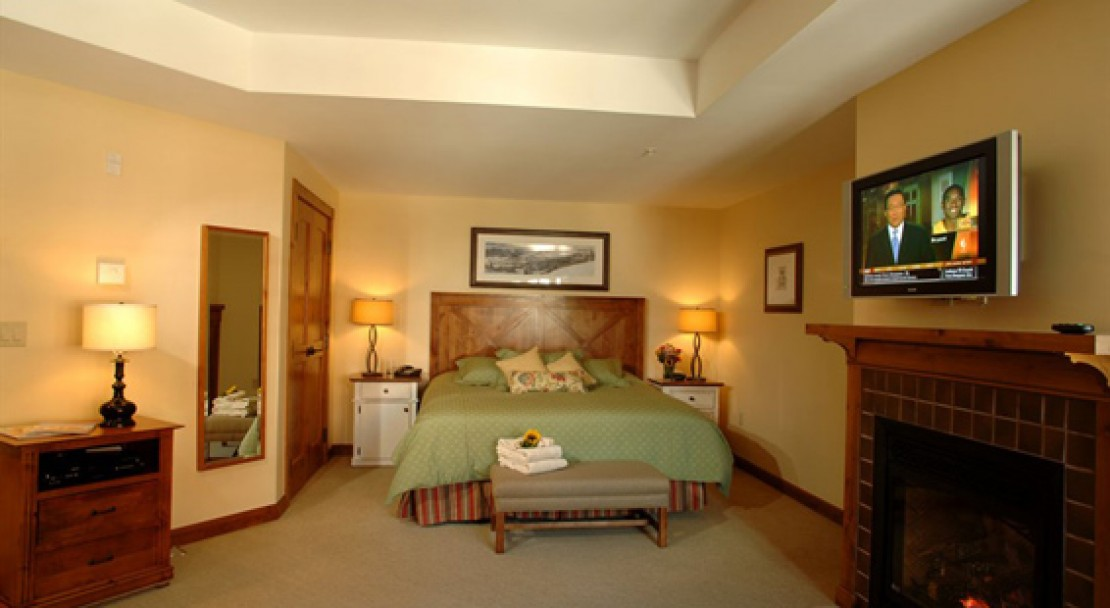 Studio Suite at the Lodge at Mountaineer Square - Crested Butte