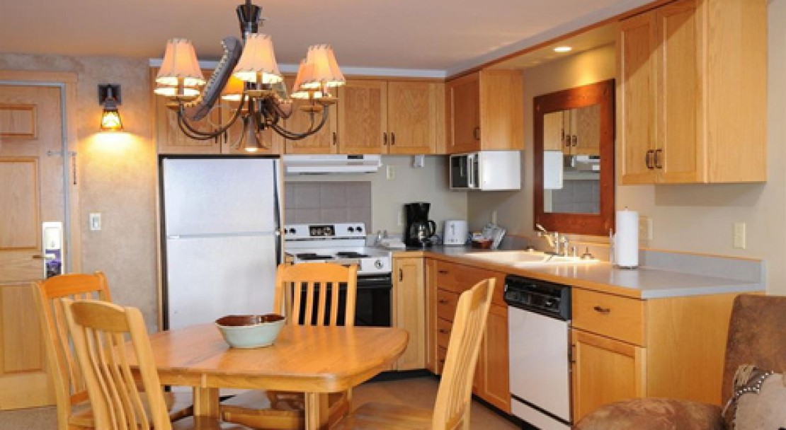 Condo Kitchen at Shoshone at Big Sky