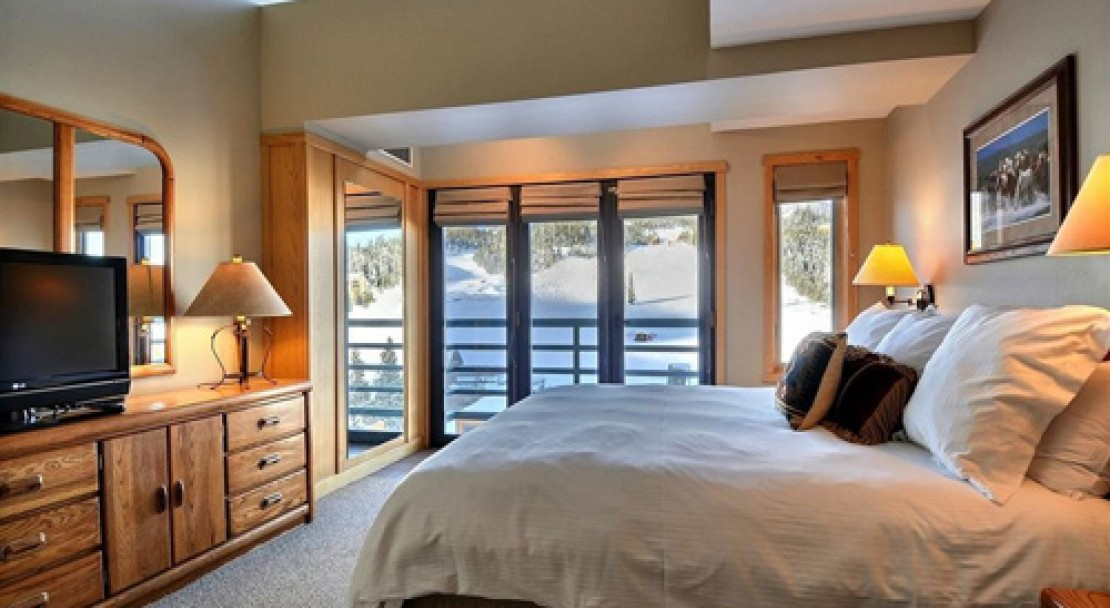 Condo Room at Shoshone at Big Sky