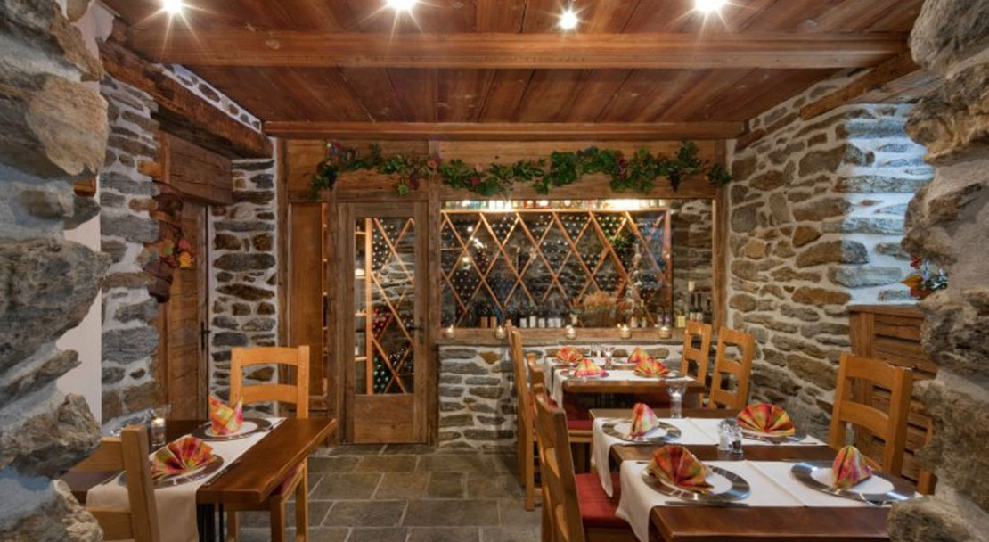 Restaurant at Sunstar Boutique Hotel Beau-Site Saas-Fee - Switzerland
